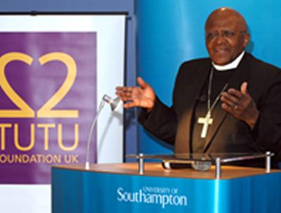 Archbishop Desmond Tutu addresses society's problems at Community Festival