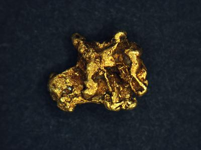 Researchers examined tiny fragments of gold using advanced techniques to establish their likely origin.