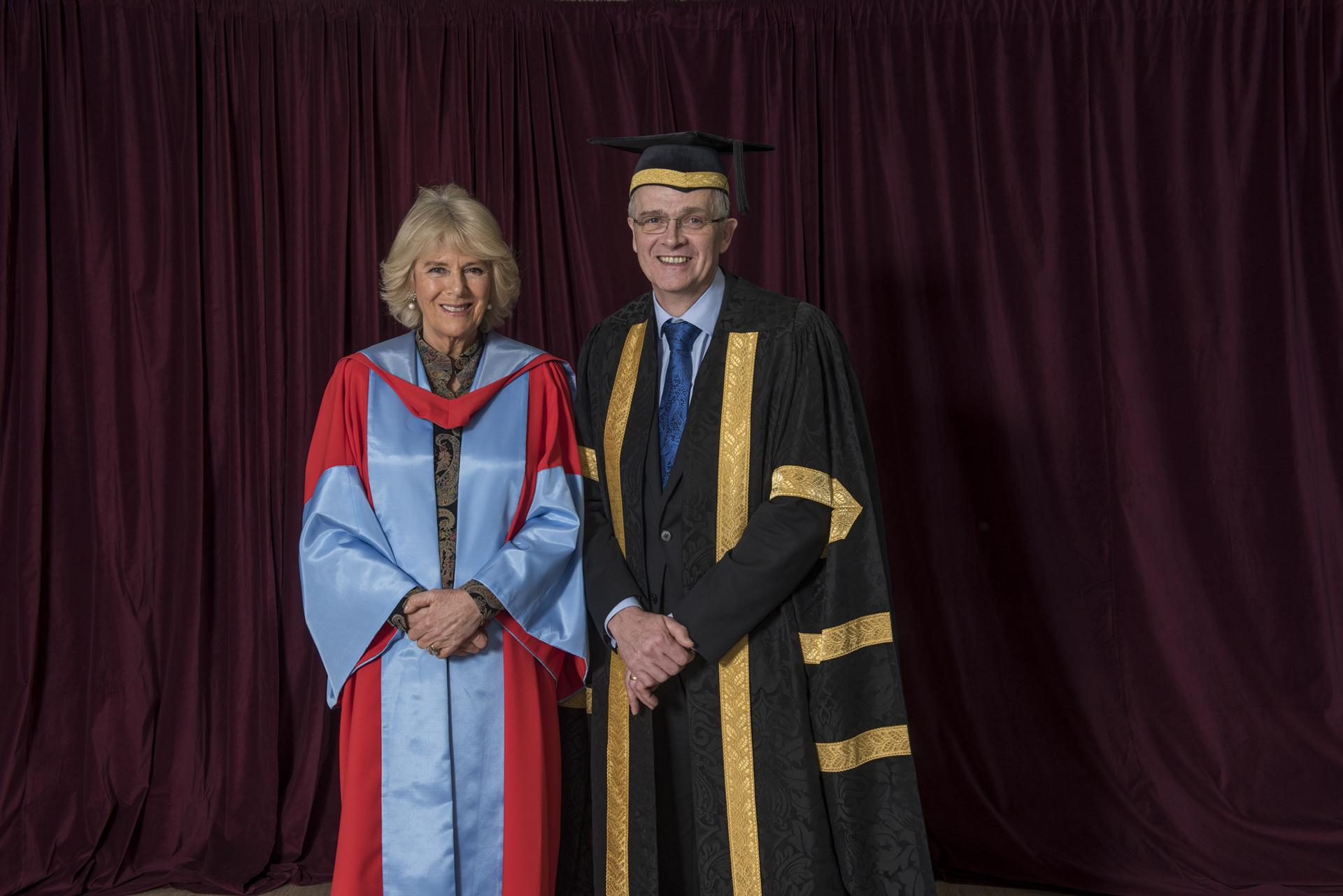 how to get an honorary degree uk
