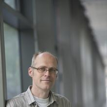 Thumbnail photo of Professor Nils Andersson