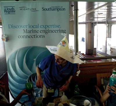 Science busking on IoW ferries