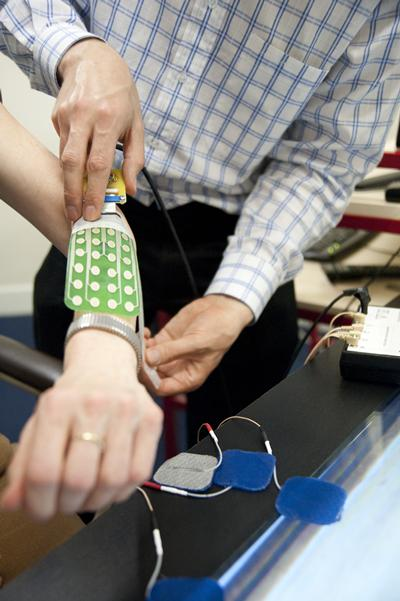 Fitting a electronic gague to a persons arm